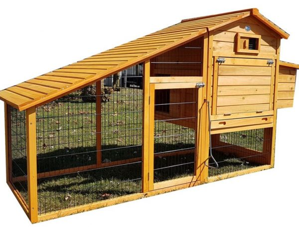 Granary Chicken Coop with Apex Wooden Run Roof closed