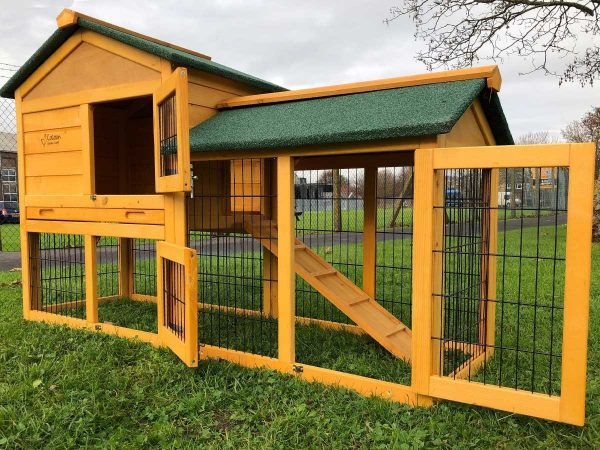 Smokey Natural - Fox Proof Large Rabbit Hutch 5FT Long with welded and coated 3mm wire