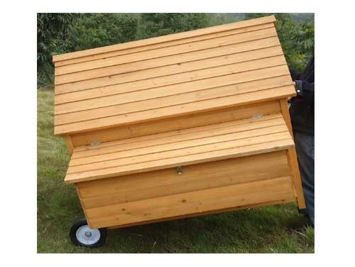 Gertrude Air Portable - Fox Resistant Chicken House roof